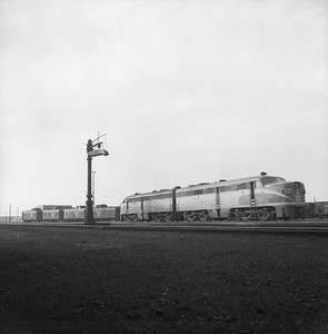 2018.008.NKP.D.0324--bruce meyer 120 neg--NKP--ALCO diesel locomotives and cabooses at Irondale--Chicago IL--1958 0619