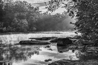 B&W Morning on the Monocacy