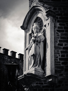 Watching Bruges, Belgium