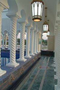Hier wäscht man sich, bevor man in die Moschee zum beten geht.