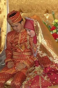 Meine Kollegin Nana mit Ihrem Mann bei der Hochzeit im Mai 2005.