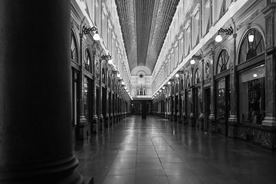 Brussels - Galerie de la Rein Black & White