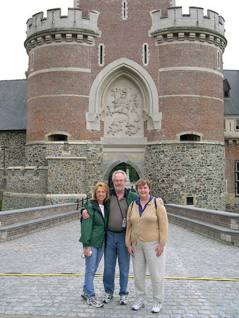 Gasbeek Castle and Coloma de Rozentuin