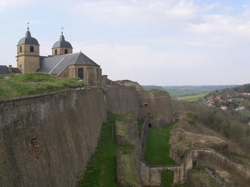 On our way back to Brussels, we stopped briefly at Montmedy near the border with Belgium for Dick to see the fortifications built by Vaubaun in the 17th century to provide border protection for France.