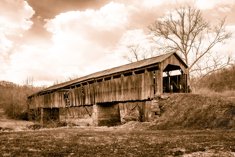 Road Fork Knowlton Covered Bridge bw