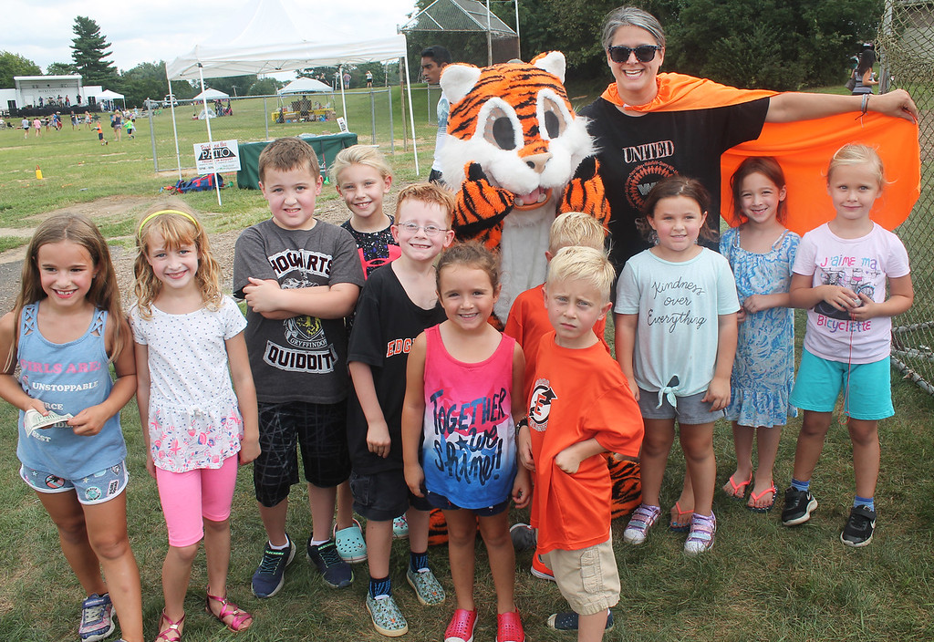 . Dunk tank volunteer - Edgewood Principal Stephanie Hultquist - brought the Edgewood Tiger and a large contingent of students.