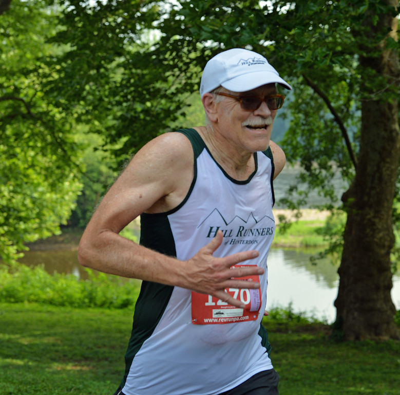 . New Hope\'s Ed Leydon, age 74, finished 176 in the 10K. (photo by John Gleeson)