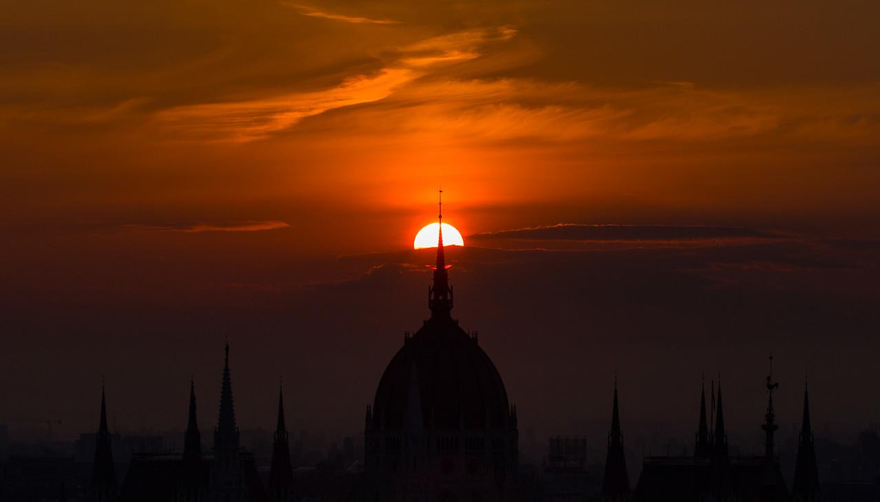 Sunrise behind Parliament closeup