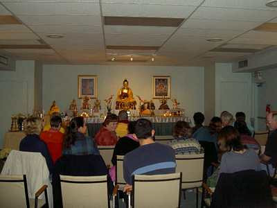 General Program is an ideal starting point for those interested to find out more about Buddhism and meditation.