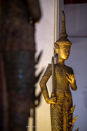 Lord Virulhaka the guardian of the South, one of the Four Heavenly Kings, Minor Vihara, Wat Arun