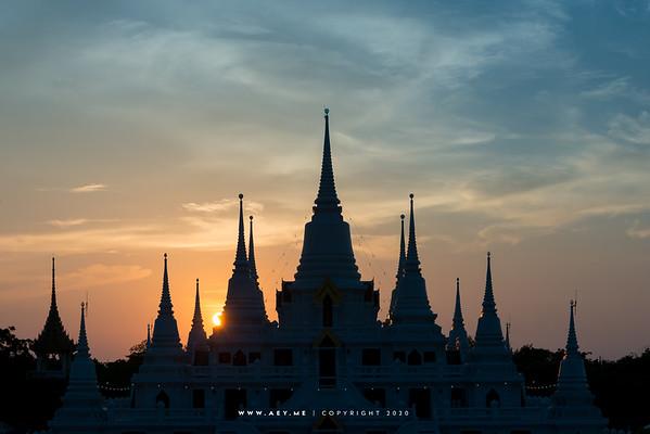 Phra Tutunka Chedi at Wat Asokaram, Samut Prakarn