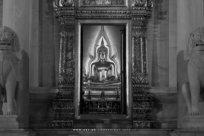 Phra Buddha Chinnarat (replica), Phra Ubosot, Wat Benchamabophit (The Marble Temple)