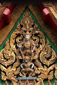 Lakshmana on Hanuman, Wat Chana Songkhram