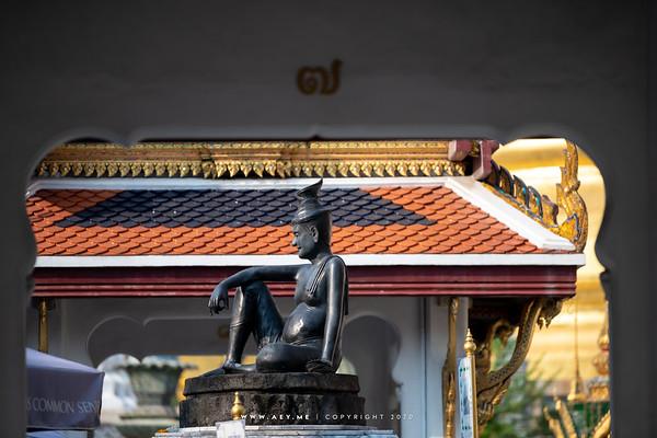 The Statue of Cheewok Komaraphat, Wat Phra Sri Rattana Satsadaram (Wat Phra Kaew), Grand Palace
