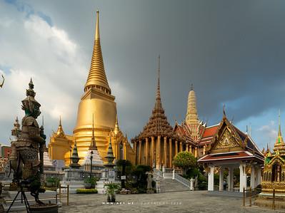 Phra Siratana Chedi, Phra Mondop and Prasat Phra Dhepbidorn, Wat Phra Sri Rattana Satsadaram (Wat Phra Kaew), Grand Palace