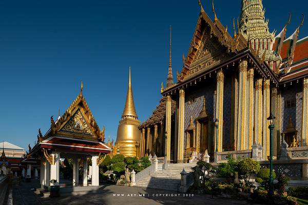 Phra Siratana Chedi, Wat Phra Sri Rattana Satsadaram (Wat Phra Kaew), Grand Palace