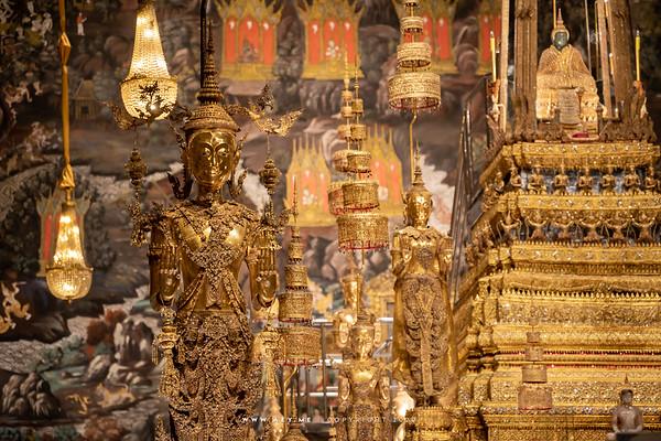 Phra Buddha Lertla Napalai (King Rama II), Crowned Standing Buddha, Wat Phra Sri Rattana Satsadaram (Wat Phra Kaew), Grand Palace