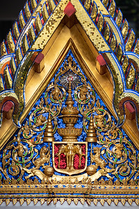 The Insignia of King Rama V, Wat Ratchabophit