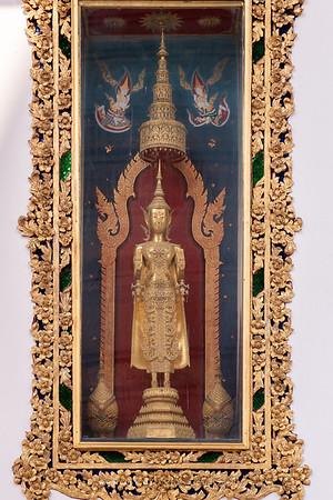 Buddha Statue in the dress of King Rama IV, Phra Vihara, Wat Somanas