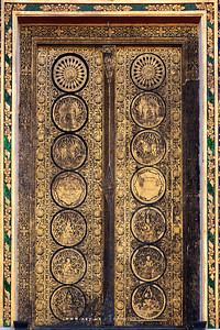 Gold and Black Lacquered Door,s Wat Somanas