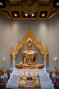 The Golden Buddha, Phra Maha Mondop, Wat Traimit
