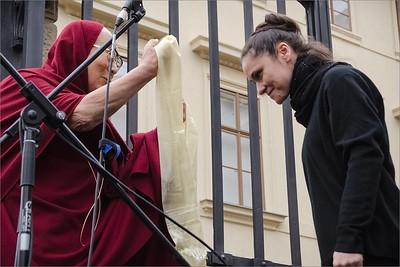 Vítání Jeho Svatosti 14. dalajlamy v ČR │ Welcoming HH Dalai Lama in Czech Rep 2016 │ Lenka Dusilová