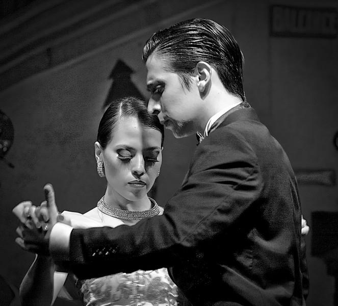 Tango Stance.
