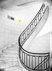 Circular Staircase Buenos Aires Copyright 2020 Steve Leimberg UnSeenImages Com _DSF8505