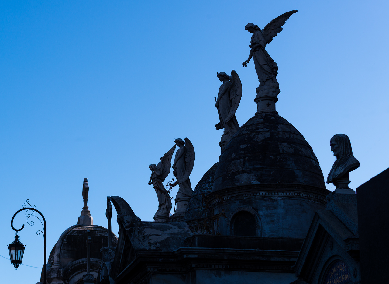 Angels and Silhouette's, Recoleta Cemetery