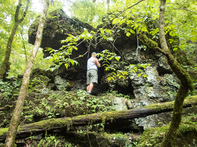 Hiking to Greer Spring, Missouri Ozarks