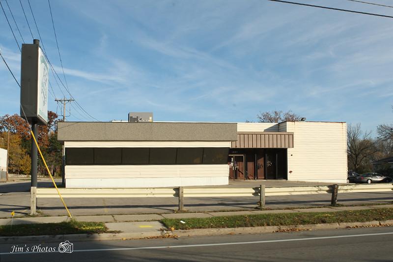 2394 - Kavanaugh;s Esquire Club Restaurant - Madison, WI