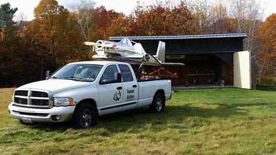 UltraCruiser? ... nice hangar in back