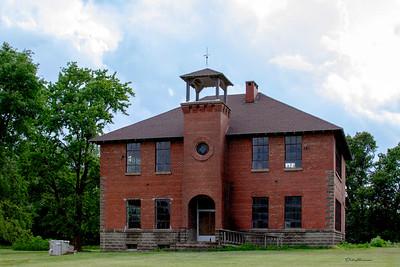 Old Sailor Springs,  IL School