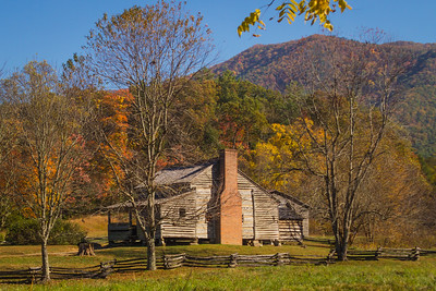 Cabin along the Cades Cove Loop in the Smoky Mountains