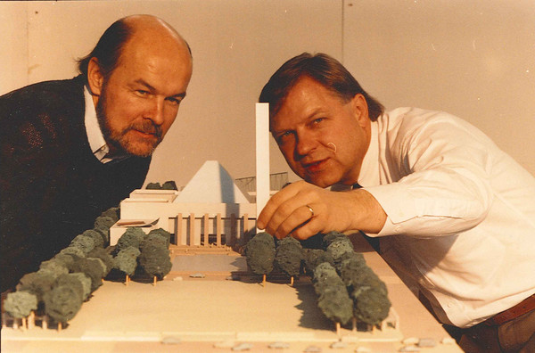 Gene Dub and Terry Frost – looking over new city hall model.  Alderman Bruce Campbell 1986