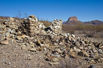 Ruins and Cerro Castellan.