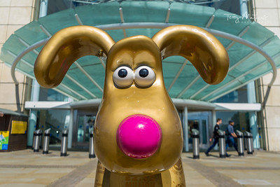 UK Weather - Gromit Cribbs Causeway