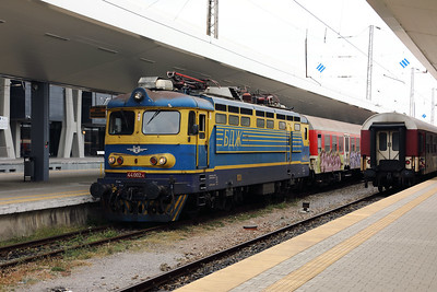 44 002 at Sofia on 30th September 2017 (2)