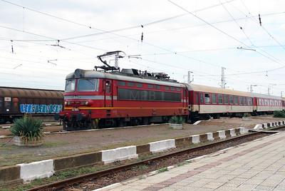 44 065 at Zimnitsa on 2nd October 2015 (1)