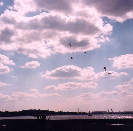 2000_Kites