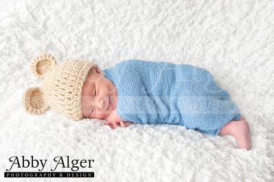 Alec Newborn 20131002 144125