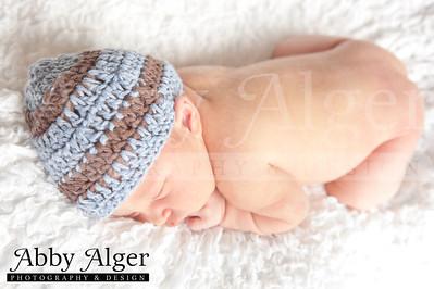 Alec Newborn 20131002 152910