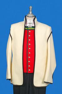 Herrebunad fra Sogn med kvit jakke i engelsk klede.
