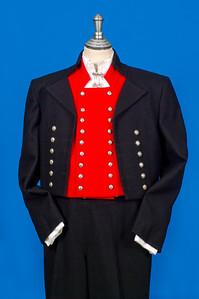 Mannsbunad fra Nordmøre med svart jakke i Engelsk klede