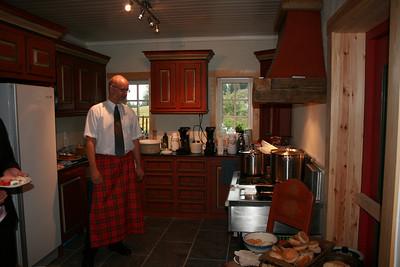 Storstua i gildehallen har et kjøkken som rommer det meste