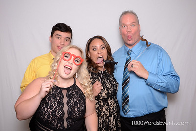 1000 words photo booth 253-380-2026