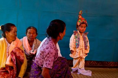 טקס הכנסת ילדים לנזירות