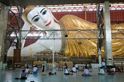 The Giant Reclining Buddha Of Yangon, image copyright Chris Mitchell