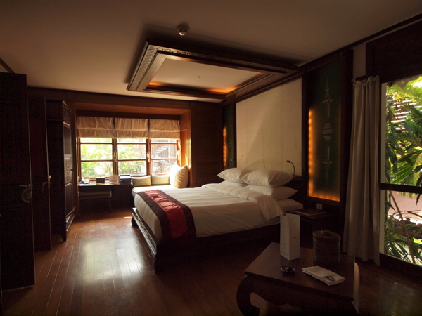 Room interior, Governor's Residence hotel, Yangon
