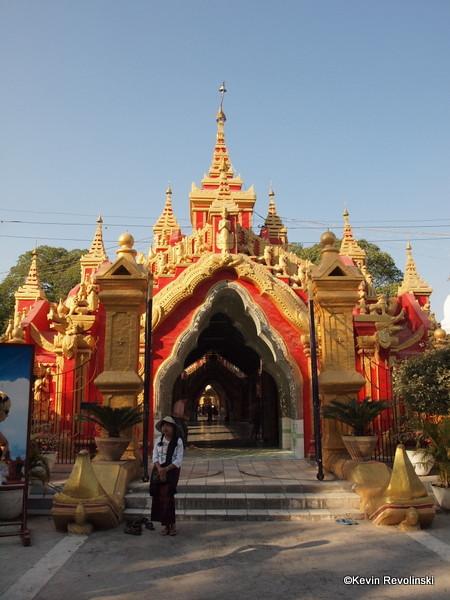 Kuthodaw Paya, Mandalay (photo credit: Kevin Revolinski)